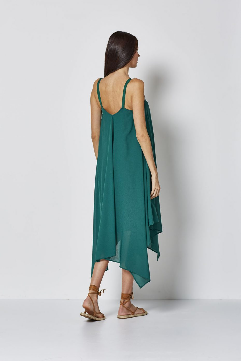Vestido Largo Tipo Capas Verde de Vandos
