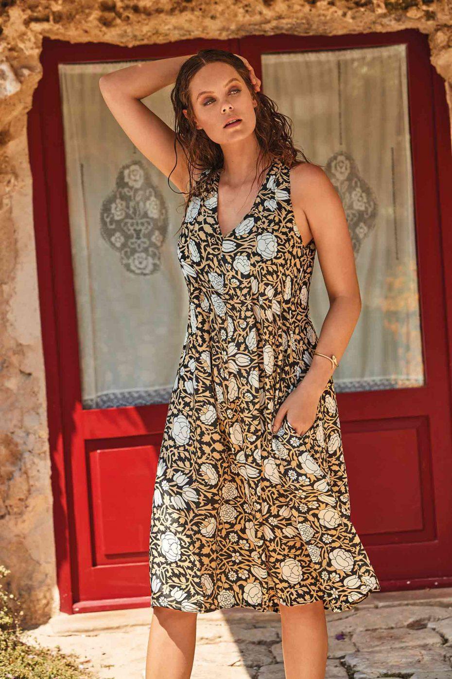 Vestido Medio Flores Negro Formentera
